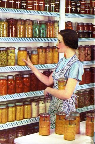 Canning lady Ball 1937